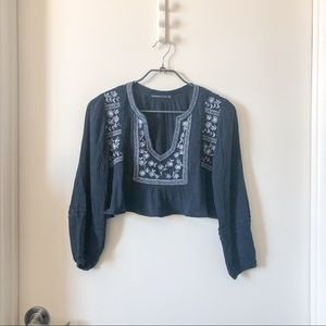 Abercrombie & fitch A&F long sleeve crop blouse